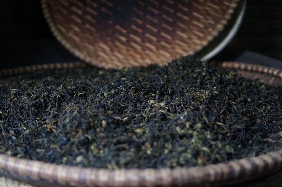 Mẻ trà Gò Loi mới ra lò